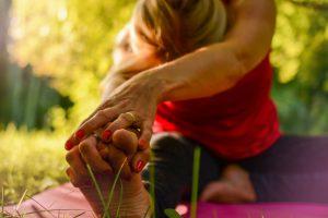 yoga-2662234_1920
